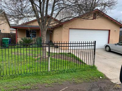 Porterville Single Family Home For Sale: 167 F St