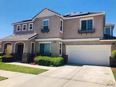 Bakersfield Single Family Home For Sale: 6110 Pilar Way