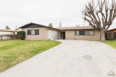 Bakersfield Single Family Home For Sale: 4221 Kenny Street