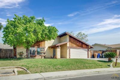 Bakersfield Single Family Home For Sale: 3016 Brock Way