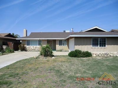 Bakersfield Single Family Home For Sale: 3000 Dell Avenue