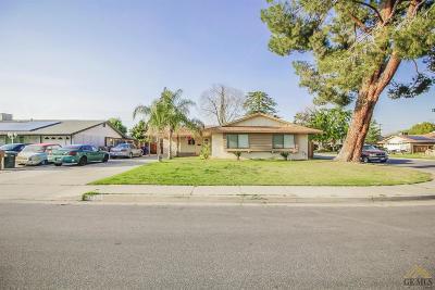 Bakersfield Single Family Home For Sale: 5700 Hartman Avenue