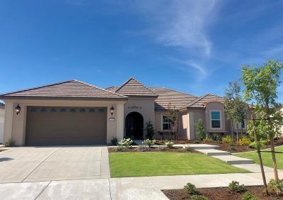 Bakersfield Single Family Home For Sale: 13637 Stonethwaite Lane