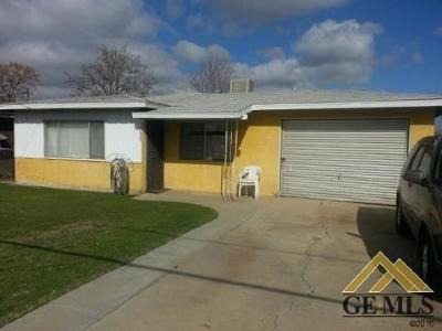 Bakersfield Single Family Home For Sale: 2028 2028 Larcus Avenue