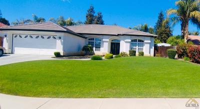 Bakersfield Single Family Home For Sale: 10616 Iron Creek Avenue