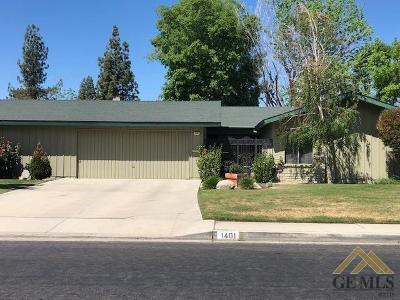 Bakersfield Single Family Home For Sale: 1401 Thunderbird Street