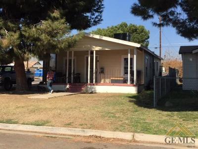 Bakersfield Single Family Home For Sale: 130 Moneta Avenue