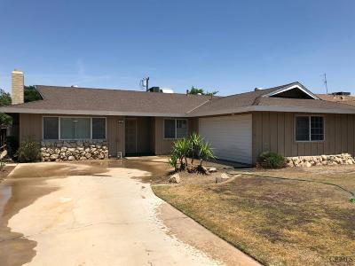Bakersfield Single Family Home For Sale: 3000 Dell Avenue