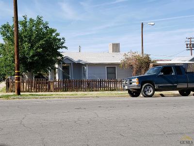 Taft Single Family Home For Sale: 200 Tyler Street