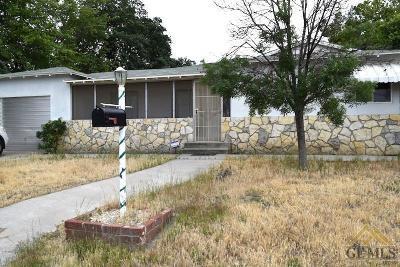 Single Family Home For Sale: 4201 Quarter Avenue