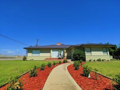 Shafter Single Family Home For Sale: 470 Cross Street