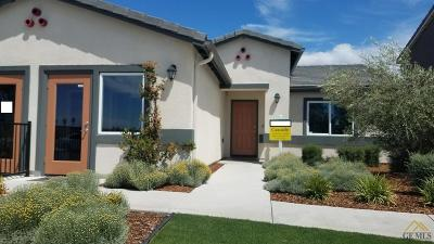 Bakersfield Single Family Home For Sale: 6008 Amber Ridge Drive #204