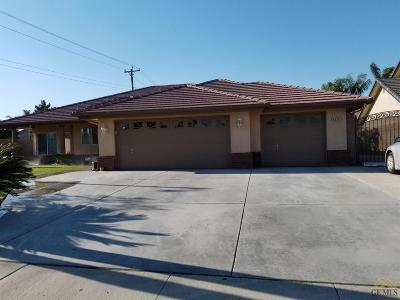 Bakersfield Single Family Home For Sale: 4014 Waterfall Canyon Drive