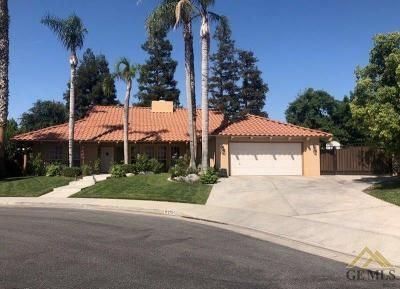 Bakersfield Single Family Home For Sale: 2705 McKaye Court