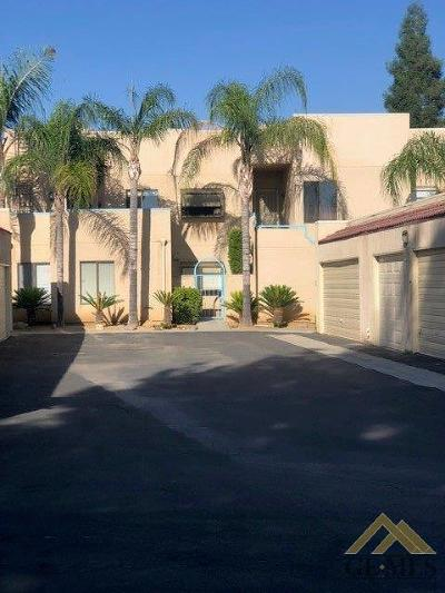 Bakersfield Condo/Townhouse For Sale: 14500 Las Palmas Drive #40