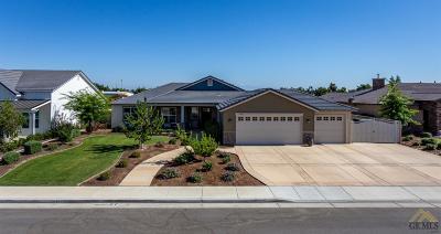 Bakersfield Single Family Home For Sale: 11403 Delsierra Lane