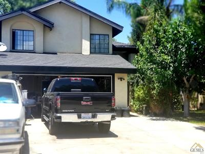 Bakersfield CA Single Family Home For Sale: $249,900