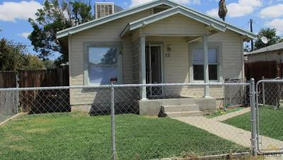 Bakersfield CA Multi Family Home For Sale: $122,500