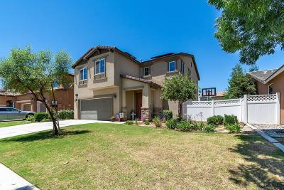 Single Family Home For Sale: 14704 Lemon Lily Drive