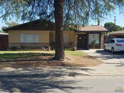 Shafter Single Family Home For Sale: 421 W Ash Avenue