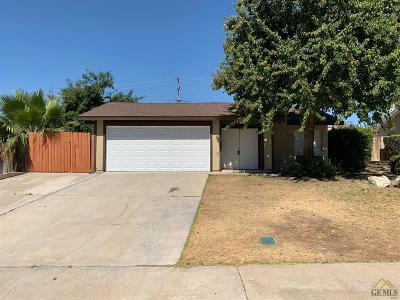 Bakersfield Single Family Home For Sale: 2804 Catalina Drive