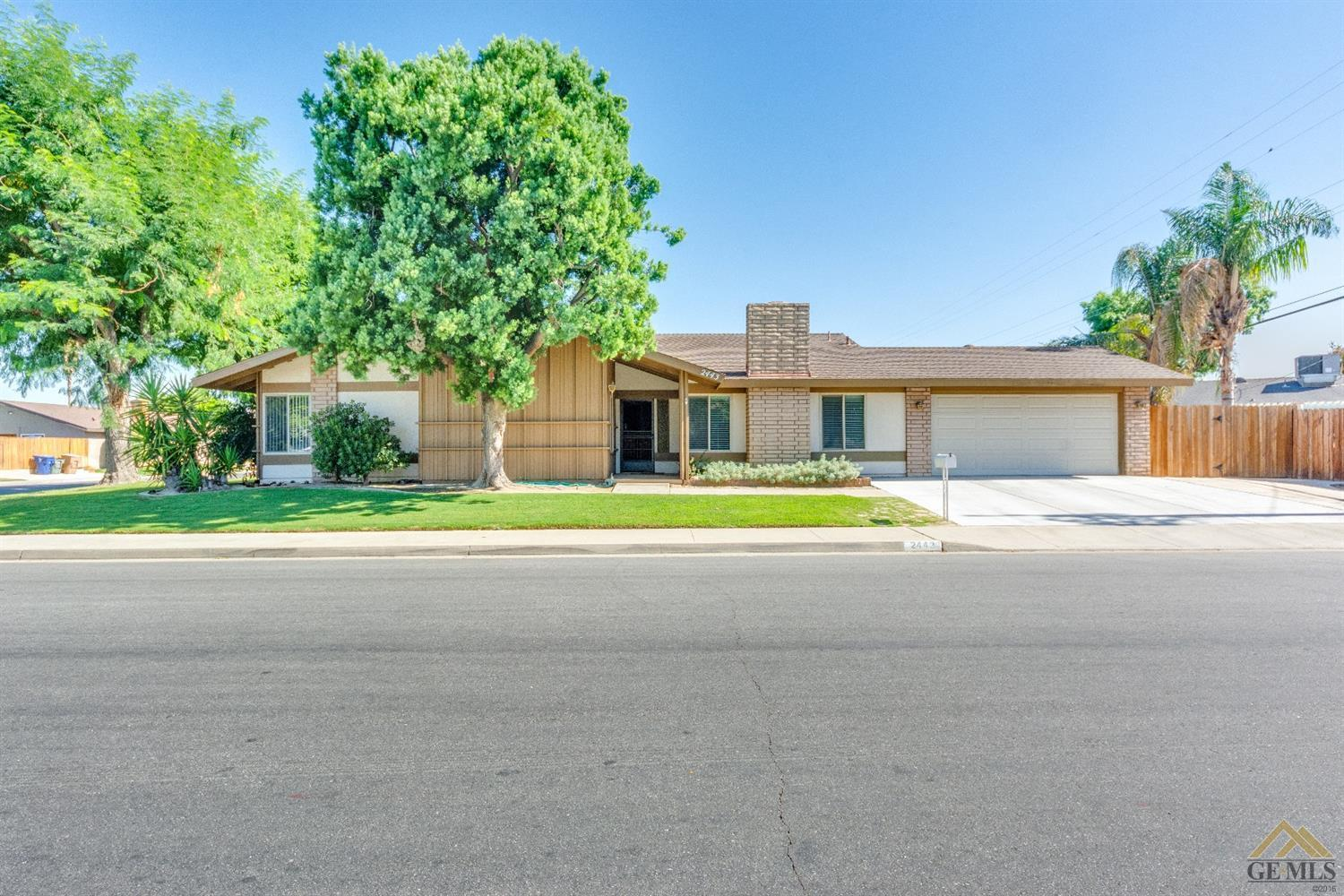 Homes For Sale In Bakersfield >> 2443 Hasti Acres Drive Bakersfield Ca Mls 21908446
