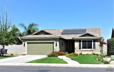 Bakersfield Single Family Home For Sale: 3302 Campfire Drive