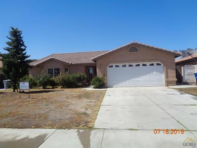 Delano Single Family Home For Sale: 433 Via De Moreno