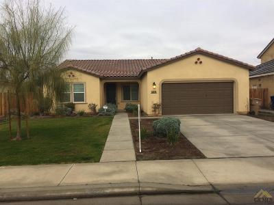 Bakersfield Single Family Home For Sale: 5204 Shimmer Brook Drive