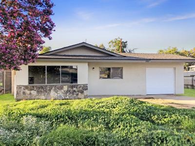 Bakersfield Single Family Home For Sale: 2500 Henley Street