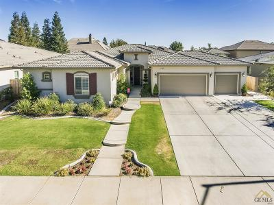 Bakersfield Single Family Home For Sale: 9021 Claro De Luna Drive