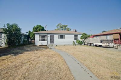Single Family Home Active-Contingent: 13 Jones Street