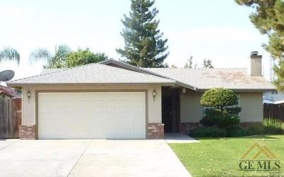 Bakersfield Single Family Home For Sale: 9307 Alki Court