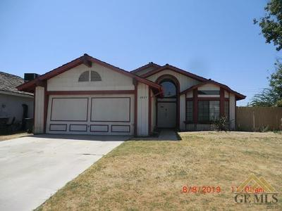 Bakersfield Single Family Home For Sale: 2409 Kelso Peak Avenue