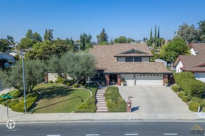 Bakersfield Single Family Home For Sale: 4600 Panorama Drive