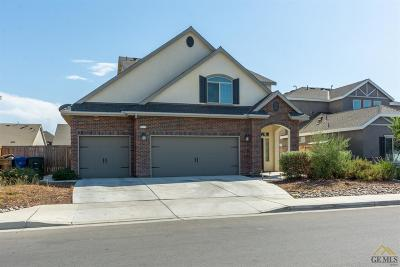 Shafter Single Family Home For Sale: 9223 Red Pine Drive