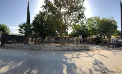 Bakersfield Single Family Home Active-Contingent: 405 Layne Street