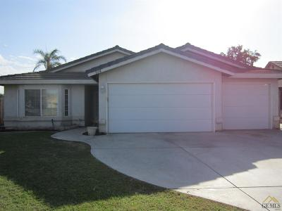 Bakersfield Single Family Home For Sale: 914 Shepperton Drive