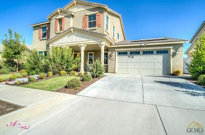Bakersfield Single Family Home For Sale: 13624 Pemberley Passage Avenue