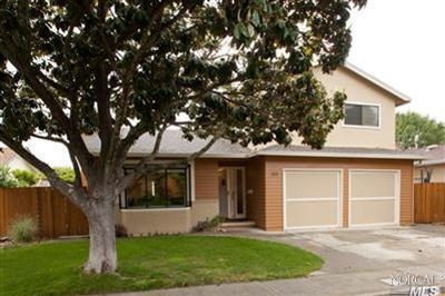 San Rafael CA Single Family Home Sold: $749,000