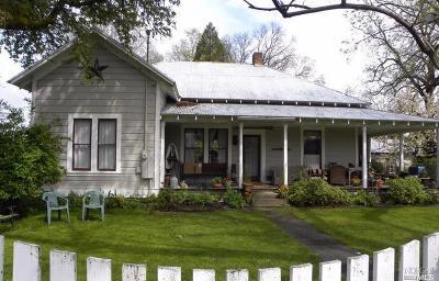 Covelo Single Family Home For Sale: 76498 Main Street