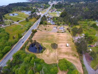 Fort Bragg Single Family Home For Sale: 18001 North Highway 1