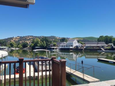 Clearlake Single Family Home For Sale: 13028 Keys Boulevard