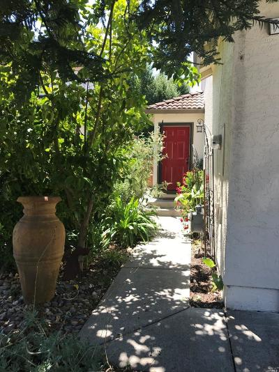 Rohnert Park Condo/Townhouse For Sale
