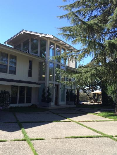 Napa Single Family Home For Sale: 2710 Hillcrest Drive