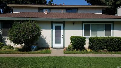 Vacaville Condo/Townhouse Contingent-Show: 1951 Aletha Lane