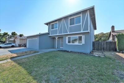 Suisun City Single Family Home For Sale: 824 Golden Eye Way