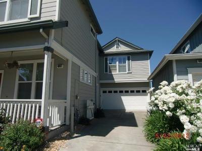 Santa Rosa  Single Family Home For Sale: 4047 Louis Krohn Drive