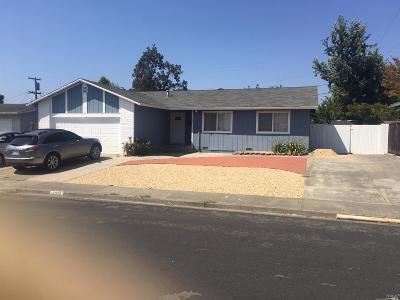 Rohnert Park Single Family Home For Sale: 190 Alma Avenue