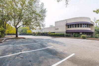Santa Rosa CA Commercial For Sale: $3,200,000